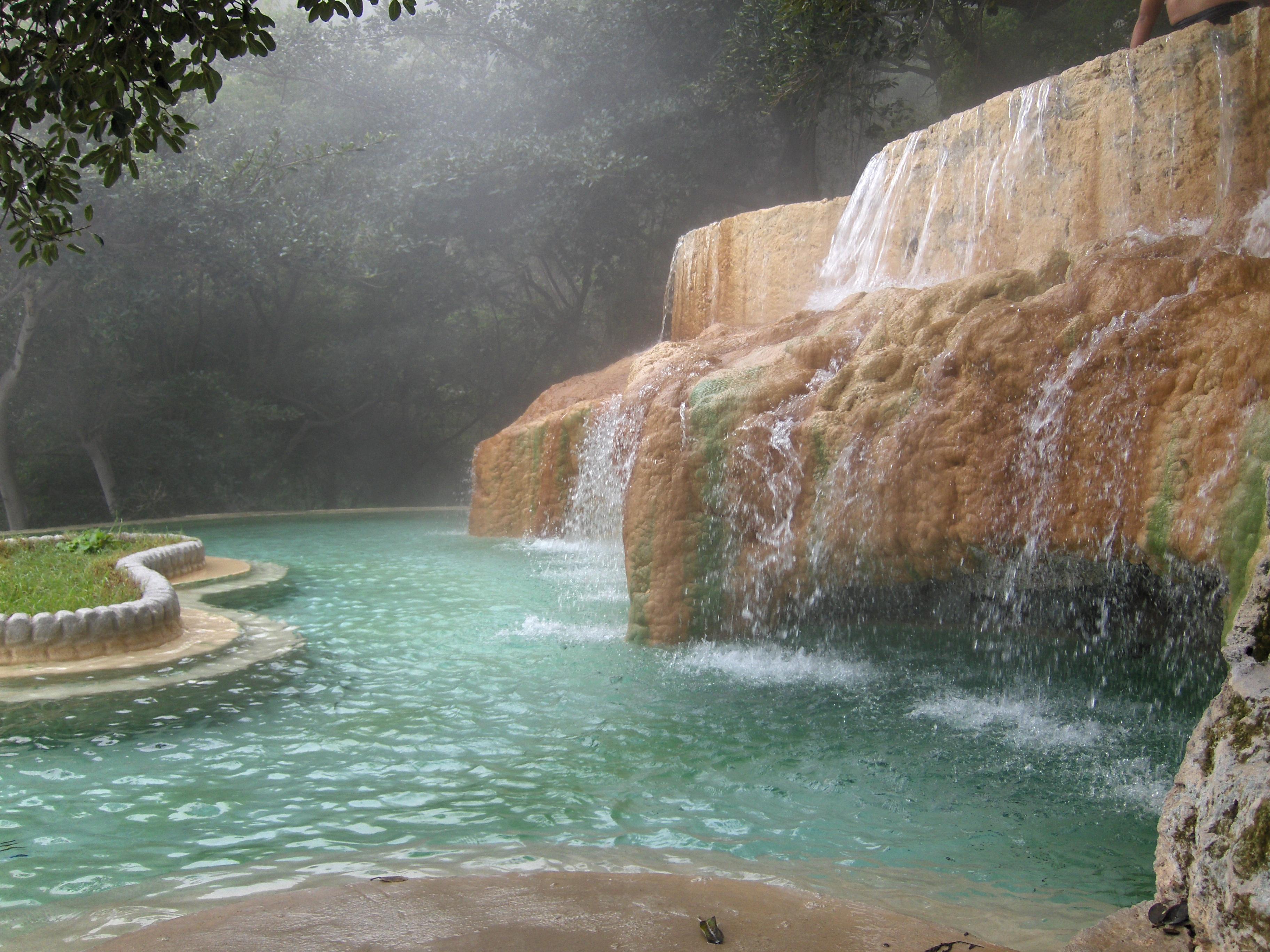 Lugares para visitar grutas de tolantongo el blog de for Sanborns de los azulejos tiene estacionamiento