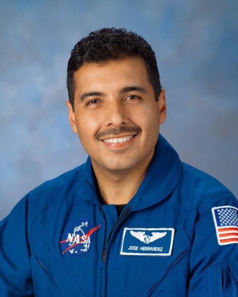 Jose_Hernandez_astronaut
